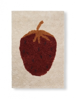 Dywan Fruiticana Tufted Strawberry Rug FERM LIVING
