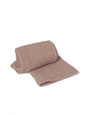 Wafelkowy ręcznik Organic Bath Towel Dusty Rose FERM LIVING