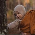 Bonetka  z wełny merino SAND Hvid
