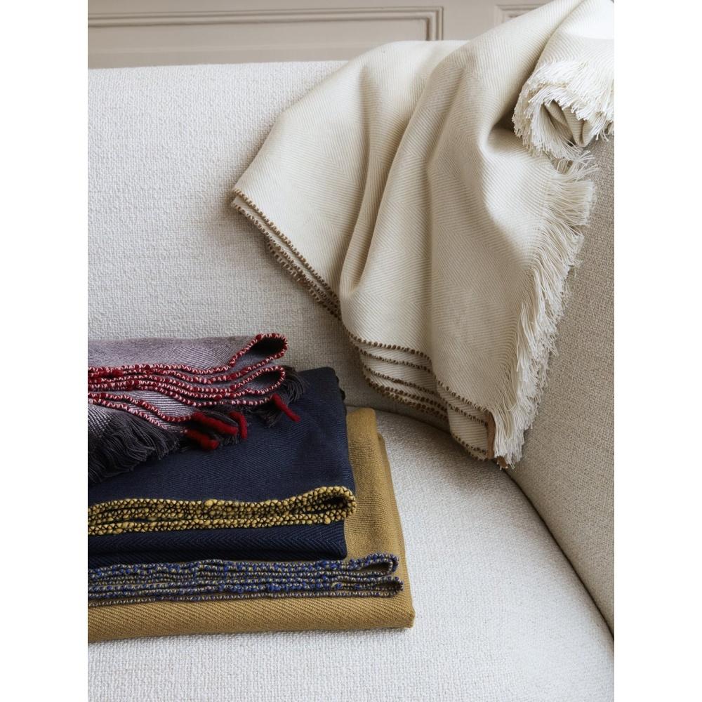 Koc wełniano - bawełniany Herringbone Blanket Off White FERM LIVING