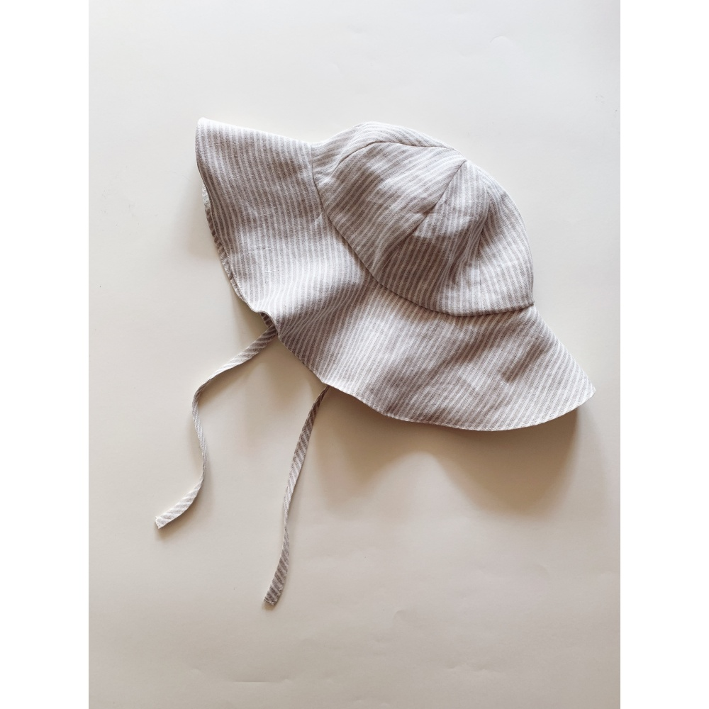 Lniany kapelusz lille
