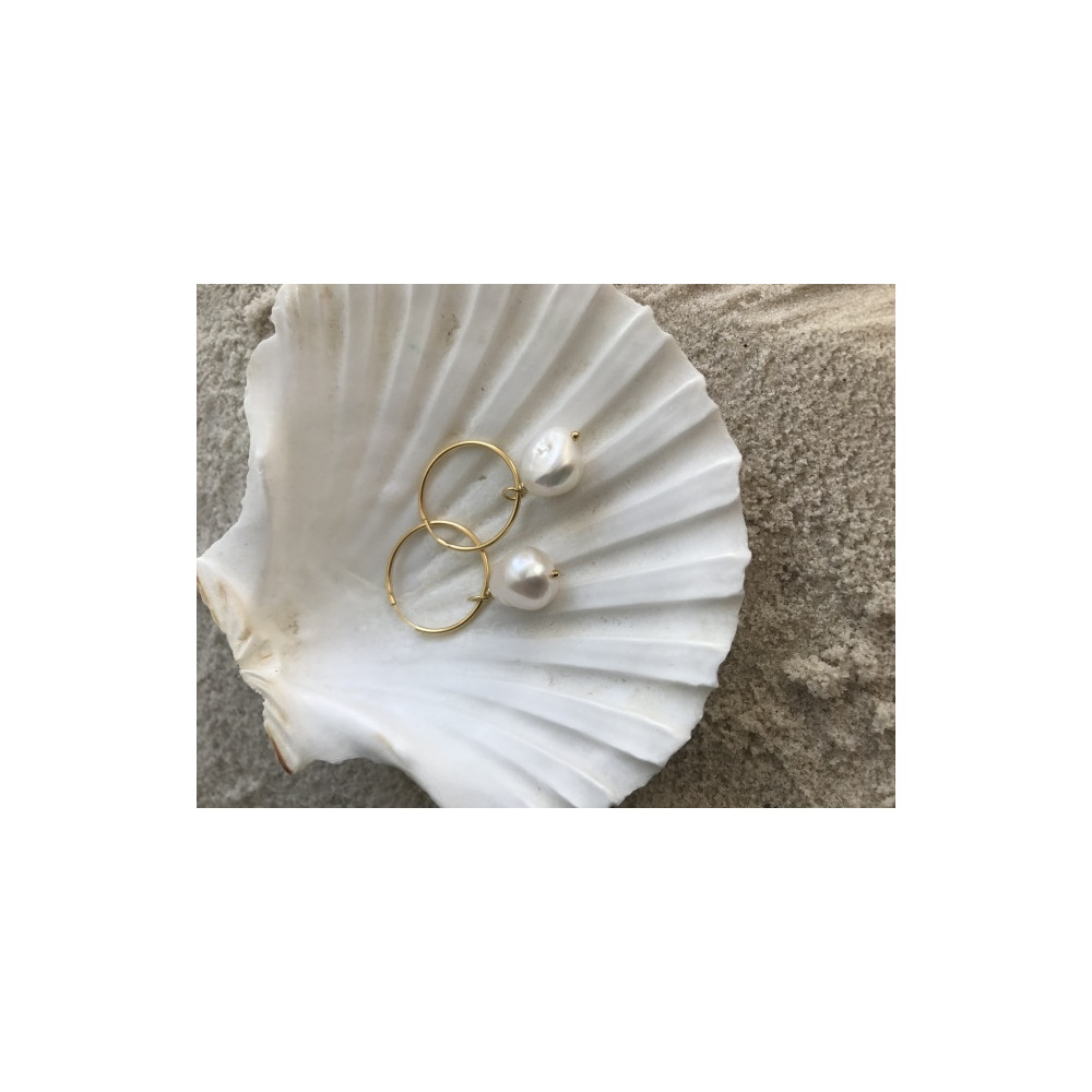 HOOPS WITH PEARLS GOLD WISHBONE