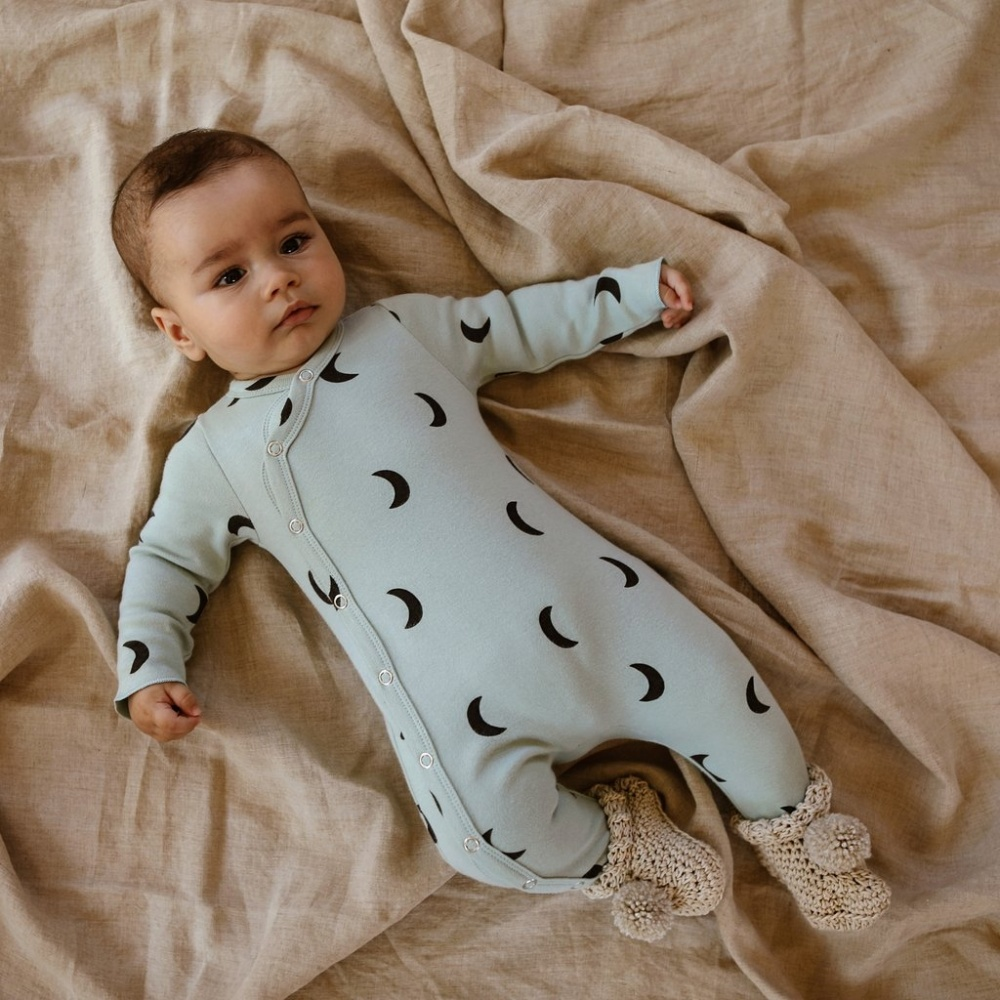 Rampers Midnight Suit with contrast feet Cloud ORGANIC ZOO